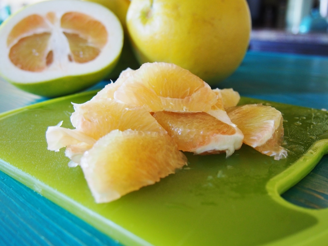 pomelo fruit is fruit juice healthy
